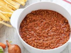Ragù di carne al microonde: una ricetta tradizionale preparata in modo innovativo