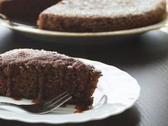 Torta al cioccolato al microonde: una golosità in pochi minuti